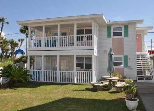 Huge 3BR3BA Corner End Unit - 2 Ocean Front Master Suites