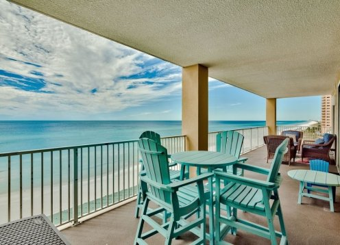 Corner Unit Luxury Condo - 6th Floor - 4 BR  4 BA