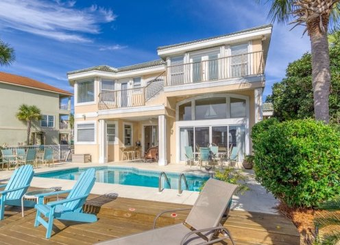 Beautiful Beachfront Home - incredible gulf coast views!